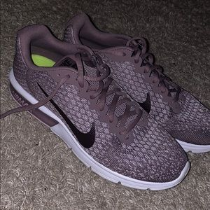 Women's Air Max sequent 2